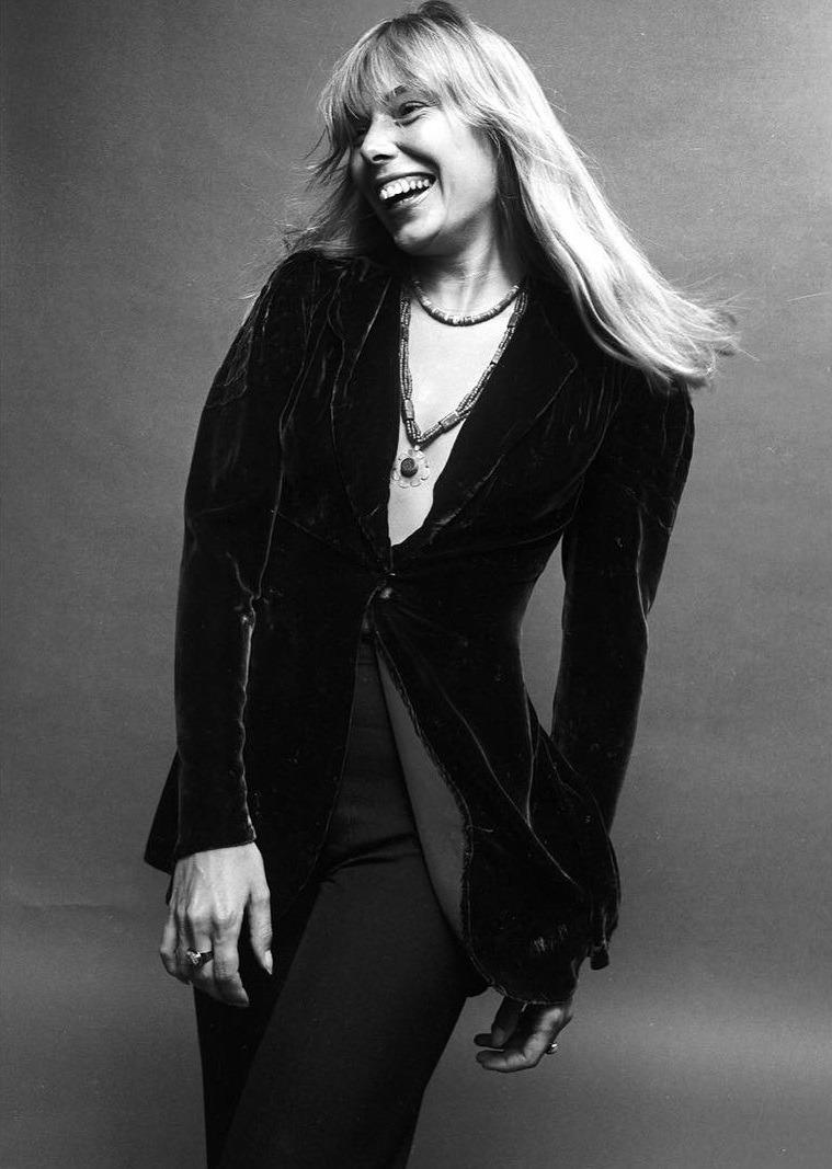 Ilovejonimitchell Joni Mitchell Photographed By Norman Seeff  # Pose Tele En Boi