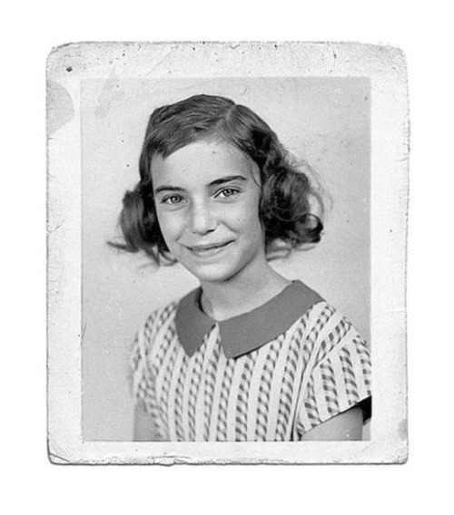 tumblr_p6ellp0Hty1qz6f9yo1_500 Jesus died for somebody's sins, Patti Smith age 11 Random
