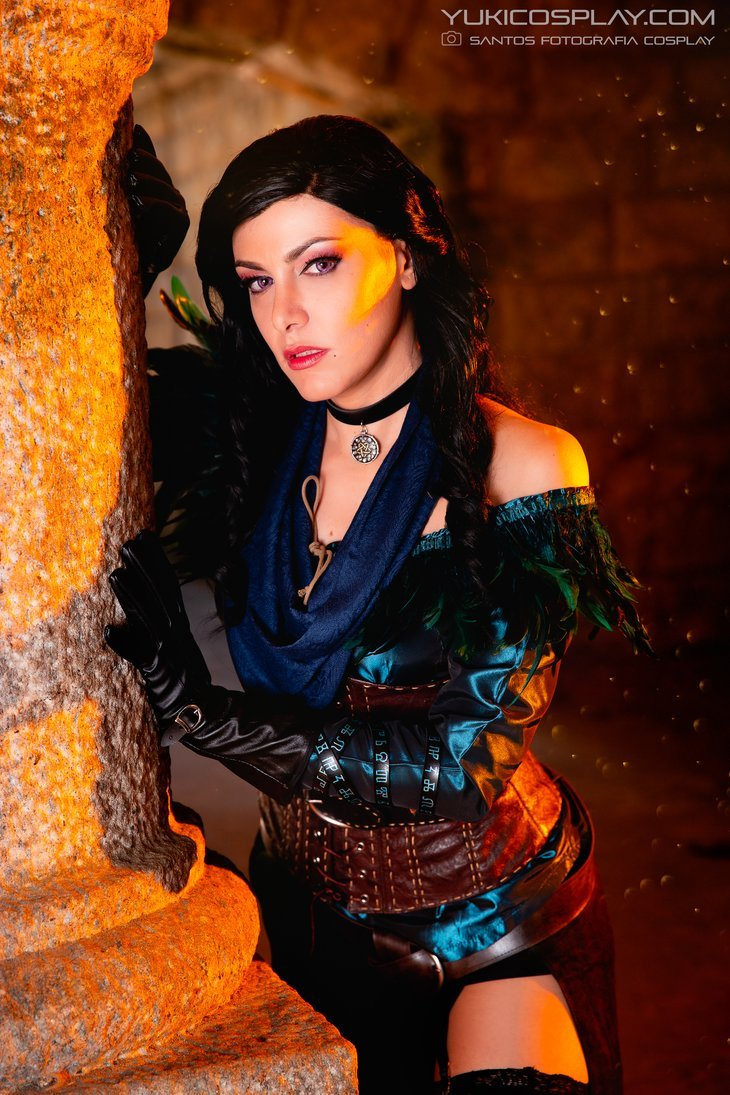 Yennefer - The Witcher Cosplay by Yukilefay  Check out http://hotcosplaychicks.tumblr.com for more awesome cosplayWe're on Facebook!https://www.facebook.com/hotcosplaychicks