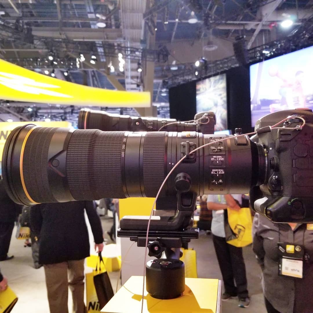 停電直前までAF-S NIKKOR 800mm f5.6E FL ED VRを撮ってた。 (CES)