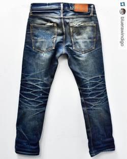 tellason:#Repost @bluerawindigo // fkn insane! 🍻・・・@tellason Johan Graham Mellor Slim Straight 2 years 1 wash. #creases #whiskers #honeycombs #fades #rawdenim #natural #aginggracefully