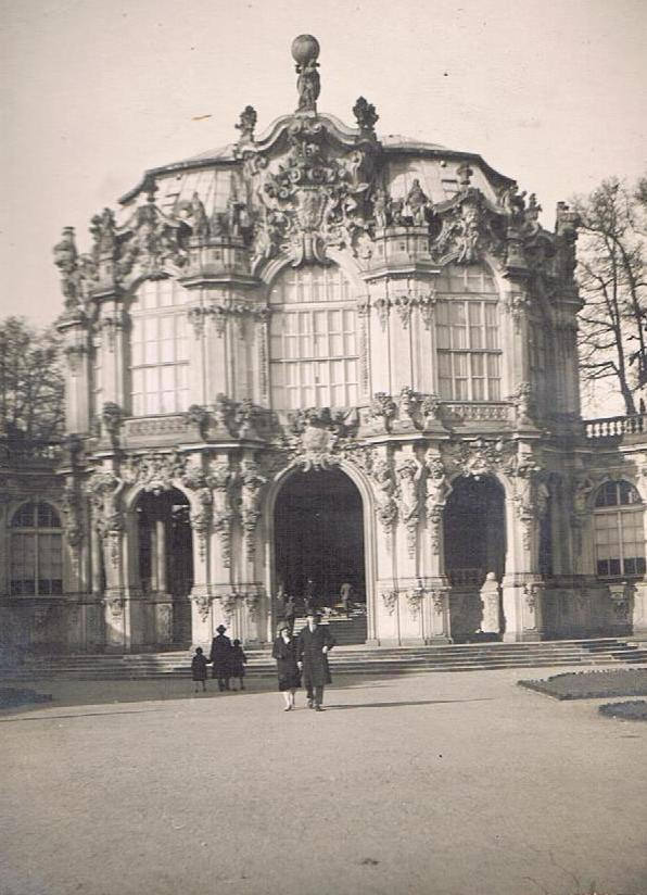 Zwinger clubs