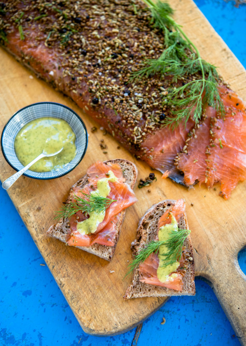 gravad lax with loads of dill, fennel, juniper, anise, coriander, pepper, salt and sugar and honey mustard sauce on home-baked sourdough bread