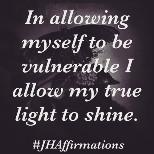 Allow yourself to show up how you are. Be raw, be real. Love where you are at in your journey.#JHAffirmations #nakedsoul #loveyourself #dailyaffirmationschallenge #instadaily #instaauthor #authentic #vulnerability