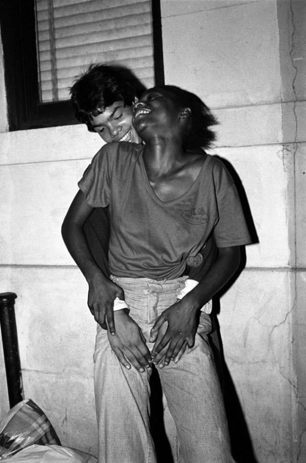 ef32ed6c3a1a9a Shocking photos capture the underage prostitutes of New York's Times Square  in the late 1970s.
