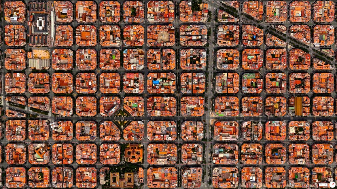 Eixample District Barcelona, Spain 41°23′27″N 2°09′47″E