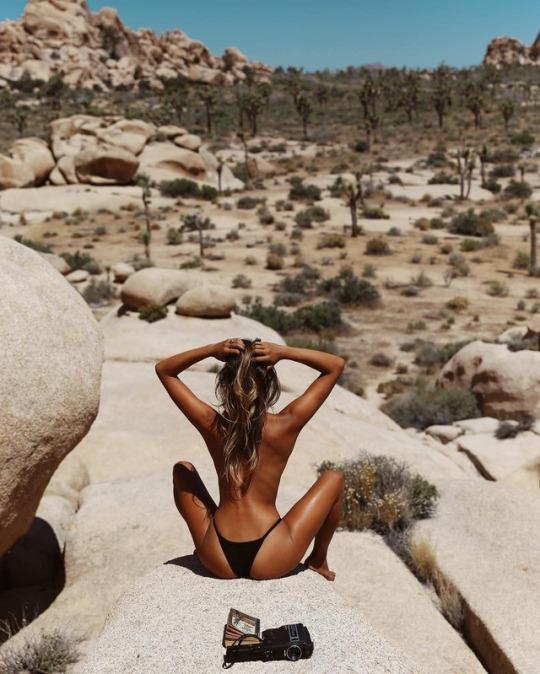 ammira il deserto