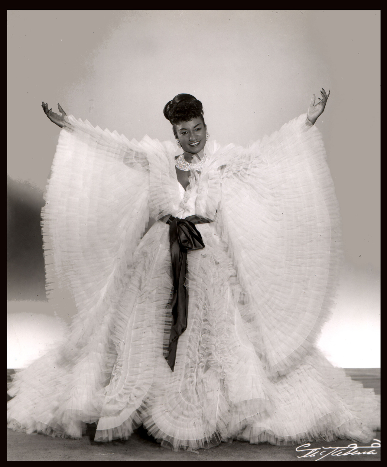 Celia Cruz 1950s Vintage Stuff Inez Contour Plus Lipstick Riviera Blush