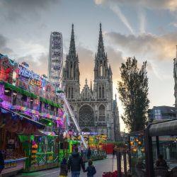 #belgie #belgian #belgium #belgique #ferriswheel #sunset #fair #clouds #church http://ift.tt/2mgVT72