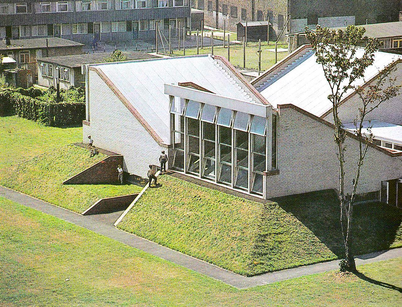 modernism in metroland: Extension, Brunswick Park School