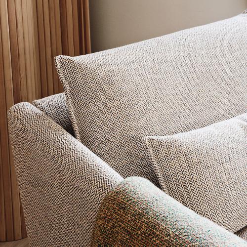 tumblr_p30kerySeb1qfx0suo1_500 stua:  STUA Costura settee assortment has been designed with... Contemporary