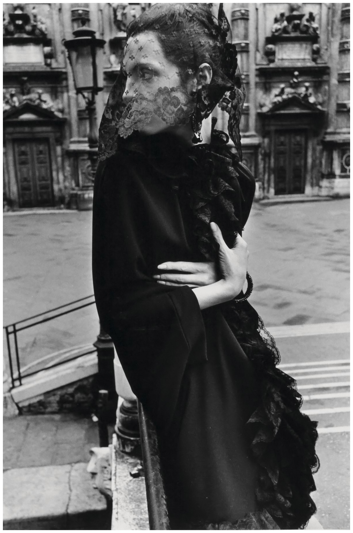 Mirella Petteni in Queen, August 1966. Photo: Helmut Newton