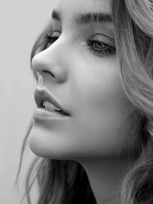 Zoe Hanson