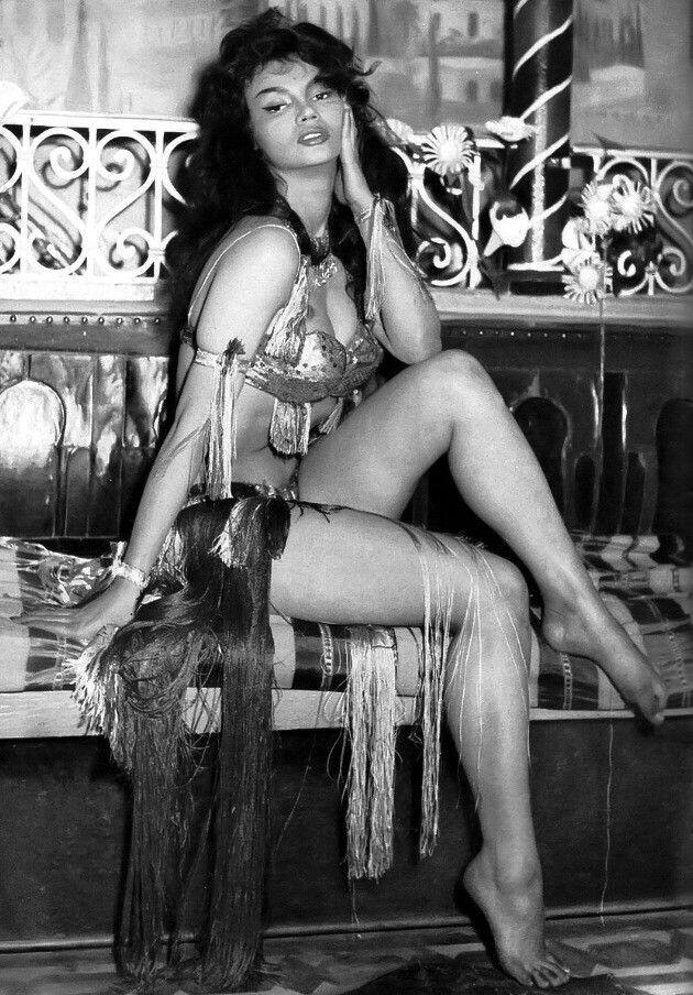 100% authentic 5e8ad 2a17c Chelo Alonso (1959) – Vintage Stuff