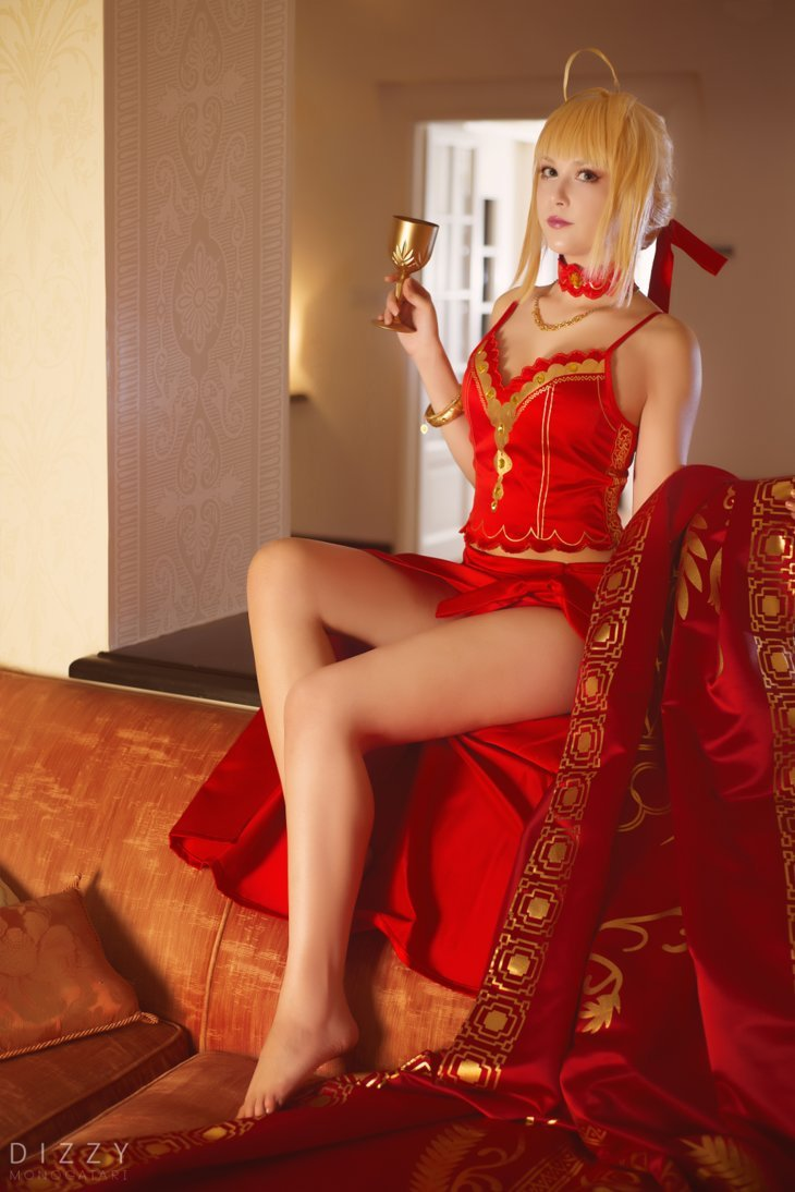 Fate/Extra - Nero colosseum by KiaraBerry  More Hot Cosplay: http://hotcosplaychicks.tumblr.com Get Exclusive Content: https://www.patreon.com/hotcosplaychicks