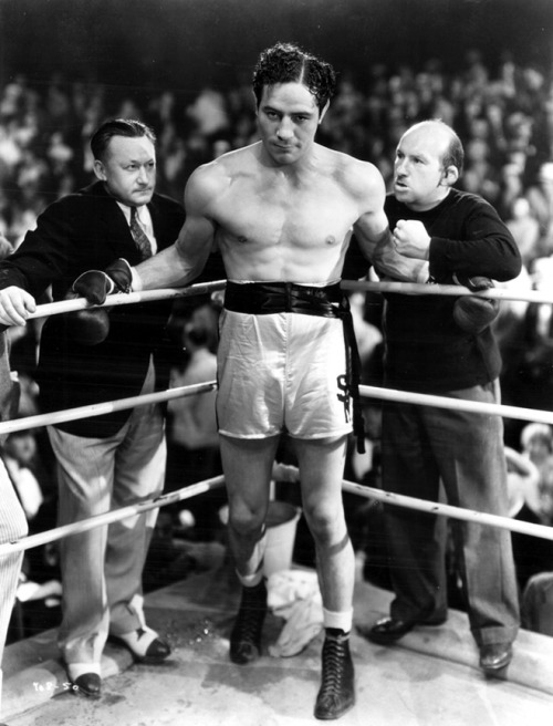 Vince Barnett in The Prizefighter and The Lady