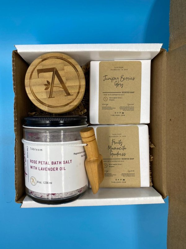 Gift Set 1 8oz Bath Salt, 1 1.7oz Moisturizing Butter, 2 5oz Cold Press Soaps