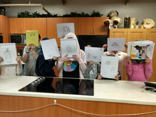 youth drawing class