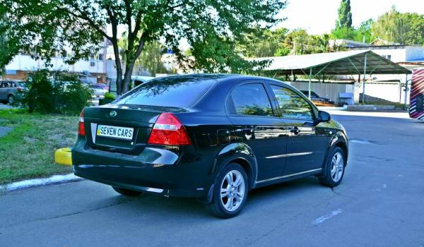 Zaz Vida (Chevrolet Aveo), Auto - 1