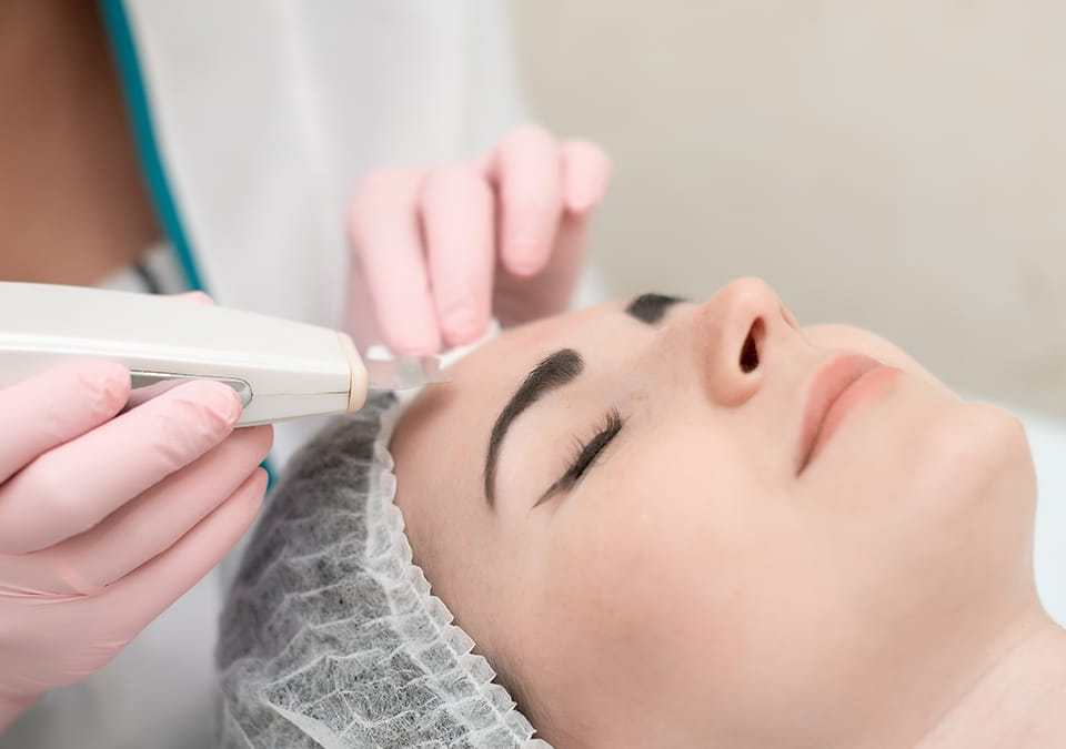 benefits of non-surgical treatments over plastic surgeries Look Younger Than Your Age with HydraFacial Skincare Treatment HydraFacial Skincare Treatment