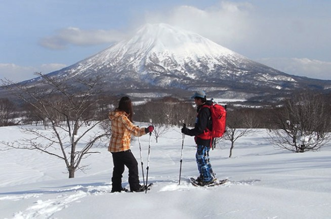 http://www.grand-hirafu.jp/winter/school/nature-hiking.html