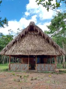 belize hut
