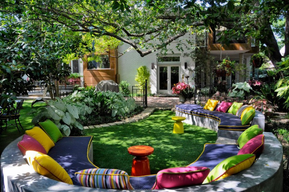 Colorful-Private-Garden-Retreat-1