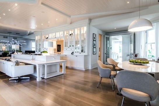 cn_image_3.size.celine-dion-hobe-island-florida-estae-for-sale-02-kitchen-and-dining-area
