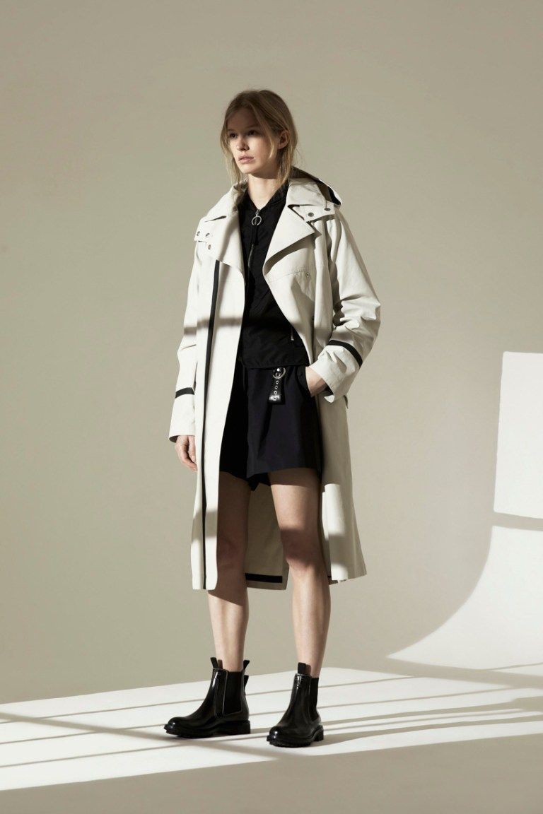 SMALLER SIZE _ 00001-BELSTAFF-VOGUE-WOMENSWEAR-SS19