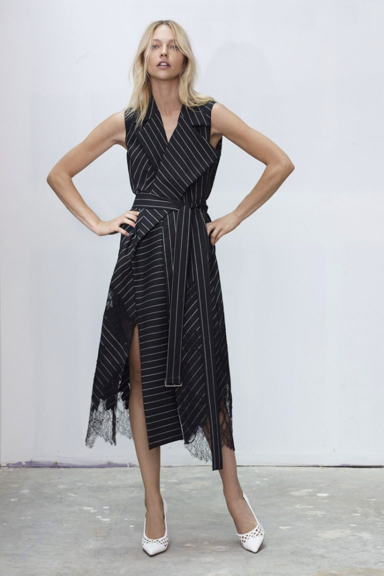 "<span class=""dojodigital_toggle_title"">SMALLER SIZE _ 00001-JASON-WU-COLLECTION-SPRING-2019-READY-TO-WEAR</span>"