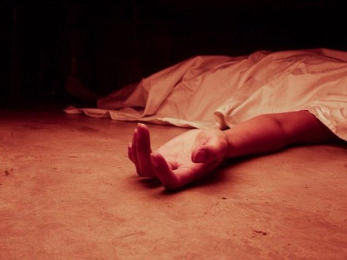На Урале мужчина убил любовницу и уснул на скамейке