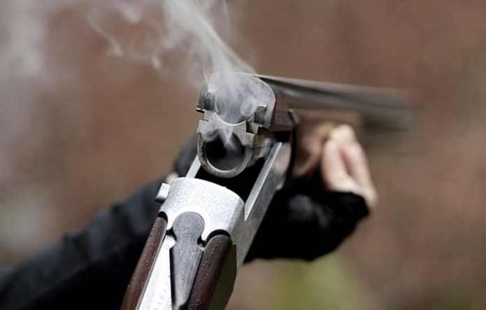 Встреча родственников на поминках обернулась стрельбой в Ленобласти
