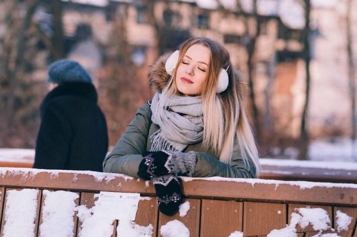 Рязанцам рассказали, как уберечь детей от холодового дерматита