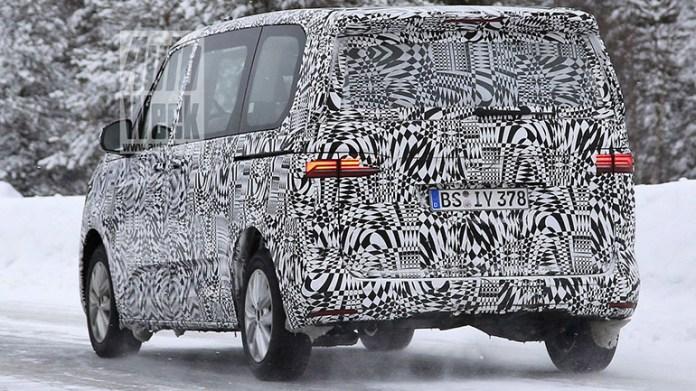 Volkswagen снова вывел на тесты новый Transporter Т7