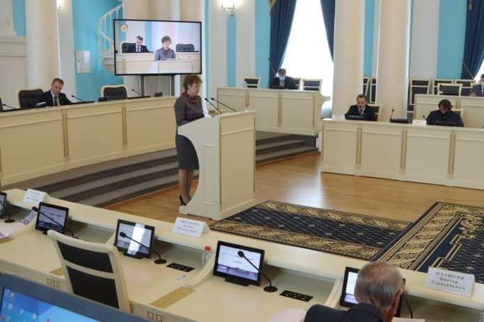 В Рязанской облдуме обсудили подготовку кадров в профессиональных образовательных учреждениях