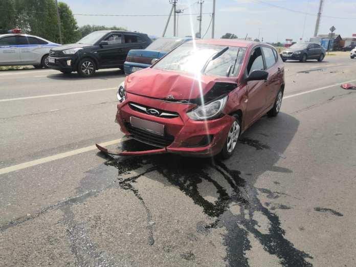 В ДТП под Рязанью пострадали три человека