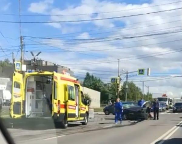 На улице Зубковой в Рязани произошло серьёзное ДТП