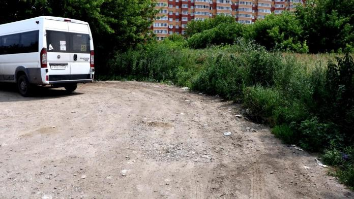 В Рязани осмотрели остановки общественного транспорта