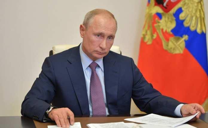 Путин прокомментировал незаконные акции в России