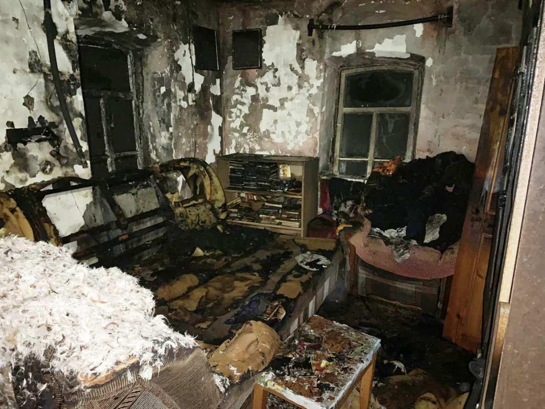 Следователи устанавливают обстоятельства гибели мужчины на пожаре