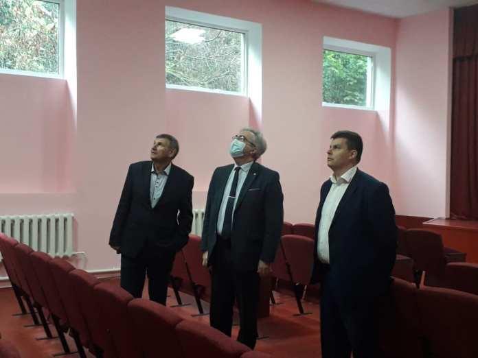 В Скопинском районе продолжается ремонт домов культуры
