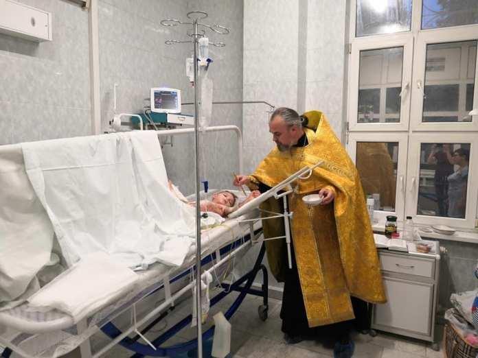 Мальчику из Липецкой области, у которого обгорело 80% тела, ампутировали пальцы