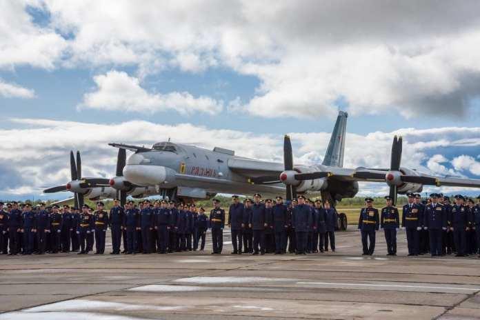 Мэр Рязани поздравила местных летчиков