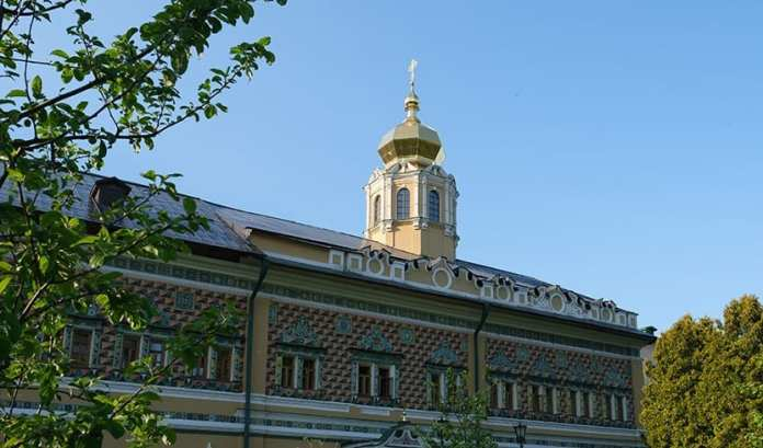 Главное учебное заведение РПЦ ушло на карантин из-за коронавируса