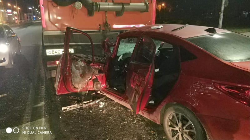 В ДТП с грузовиком в Рязани пострадал молодой водитель