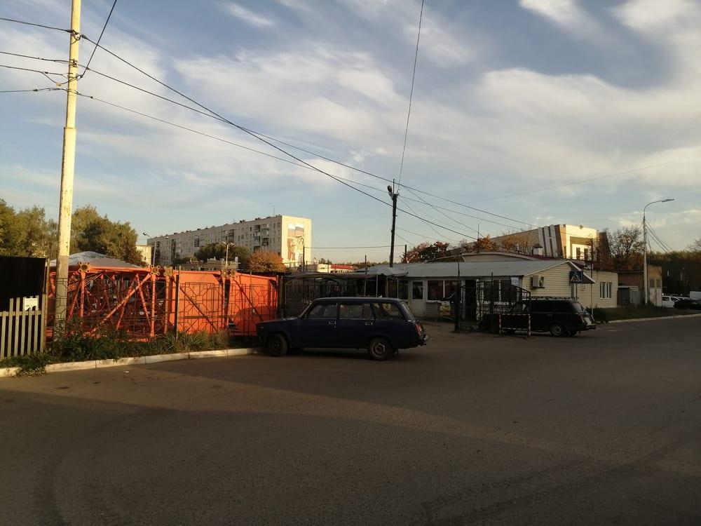 Житель Рязани: на рынок на Московском завезли оборудование для подъёмных кранов