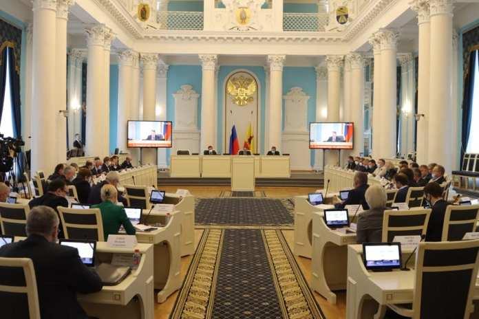 Депутаты Рязанской областной Думы приняли в первом чтении законопроект о трехлетнем бюджете