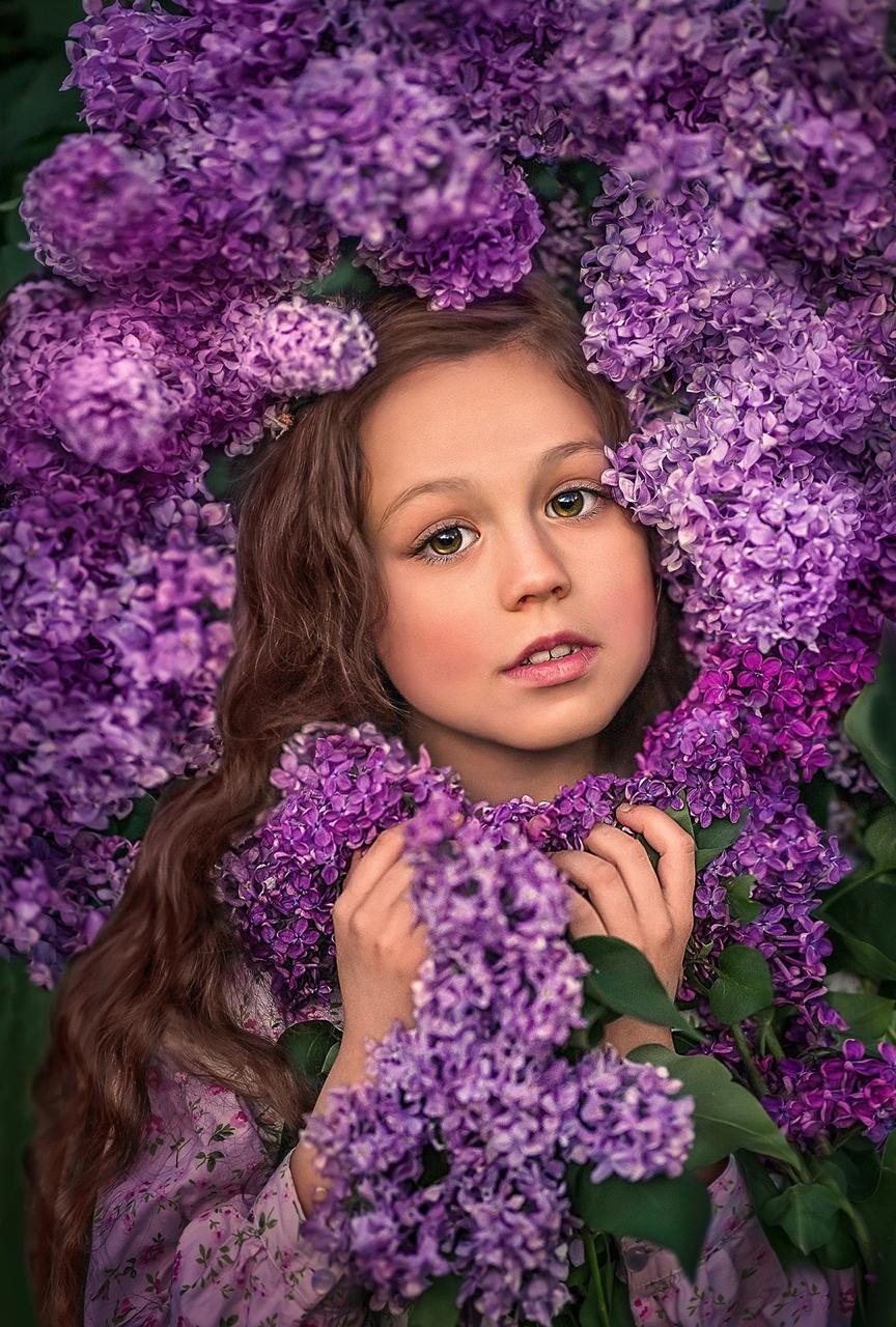 В ТРЦ «М5 Молл» Рязани открылась выставка «Берег детства»