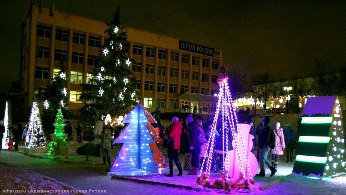 Рязанские предприятия установят в городе необычные ёлки к Новому году