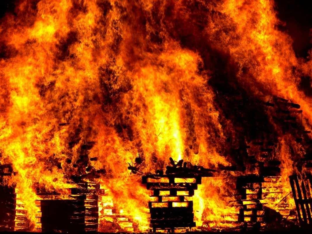 На пожаре под Рязанью погиб мужчина
